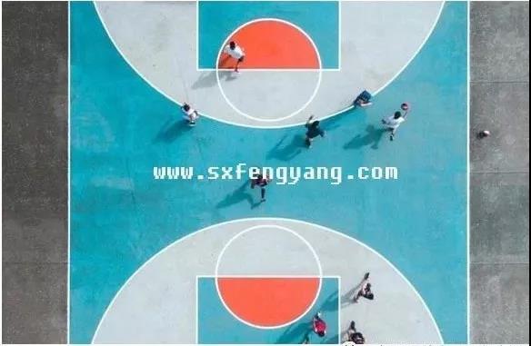 室外篮球场材料硅PU和悬浮拼装地板哪个效果更好呢?